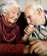 contract old couple