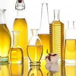 Beauty Oils 101: The Beginner's Guide to Skin and Hair Oils