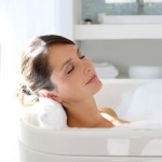 Three Relaxing Bathing Recipes To Lose Weight