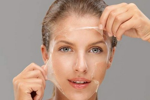 Egg-white-mask-against-wrinkles