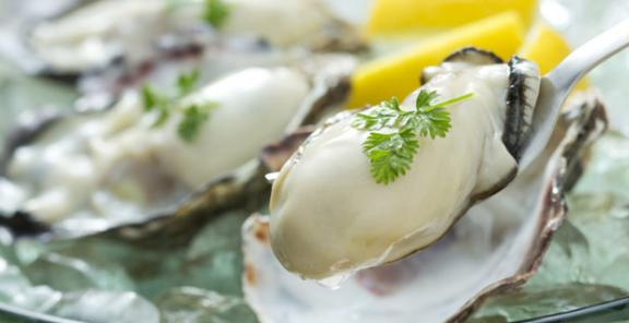 2-oysters-shutterstock.com_