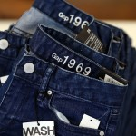 If You Have A Favorite Pair Of Blue Jeans – You Need To Try This Laundry Trick