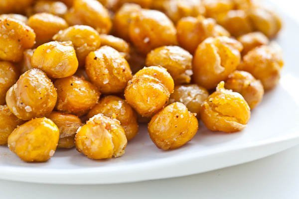 roasted-chickpeas-garbanzo-beans-3154-2-600x400