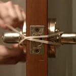 She Stretches This Rubber Band Around Her Doorknob For One Clever Reason