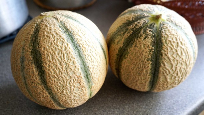 01-foods-that-hate-the-fridge-melons