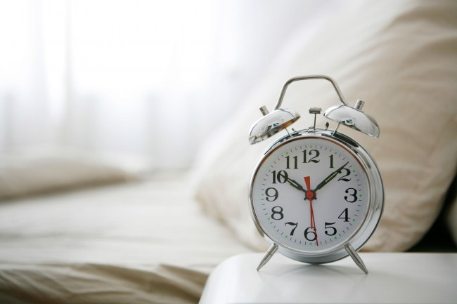 05-lose-weight-in-your-sleep-bedtime