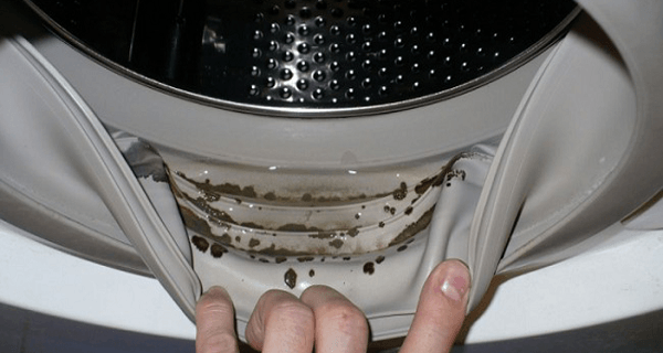How-To-Remove-Dangerous-Mold-And-Unpleasant-Odors-From-Your-Washing-Machine-with-2-Ingredients