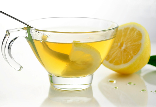 10-benefits-of-drinking-lemon-water1