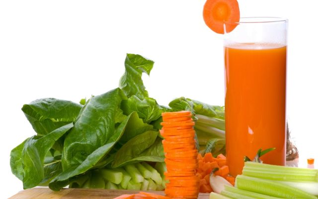 Carrot-Juice-Celery-Spinach-Vegetables