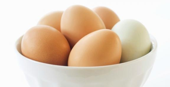 9-brown-and-white-eggs_0