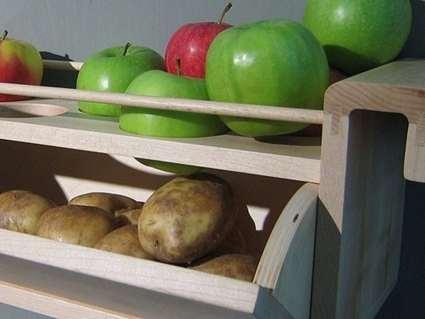 apples-with-potatoes-600x451