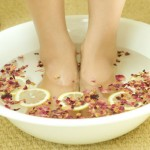 How To Get Silky Smooth Feet With This Natural Treatment With Baking Soda