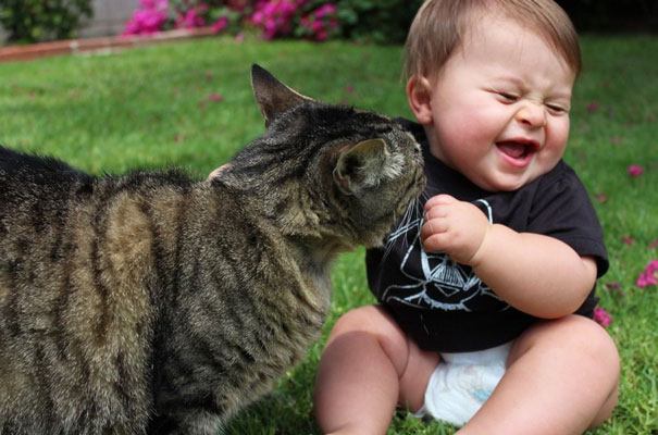 kids-with-cats-51__605