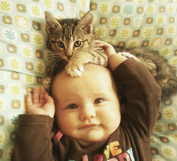 kids-with-cats-71__605