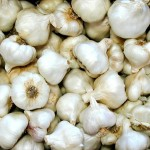 You are Most Likely Consuming Bleached And Chemical Laden Garlic From China. Here Is How To Spot It.
