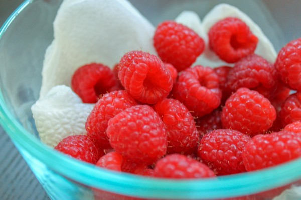How-to-Keep-Berries-Fresh-for-2-Weeks-600x399
