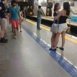 This Photo Of Two Women Embracing Is Going Viral But It's Not What You Think
