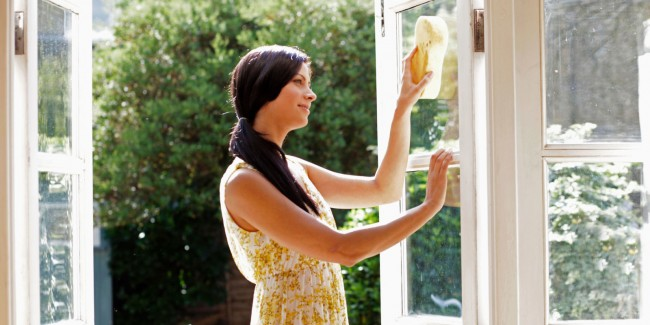 landscape-1435163179-window-cleaning-sunny