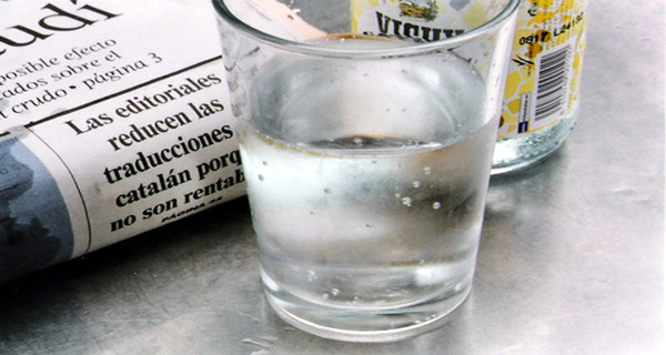 Five-Signs-That-Warn-You-That-Your-Body-Lacks-Water