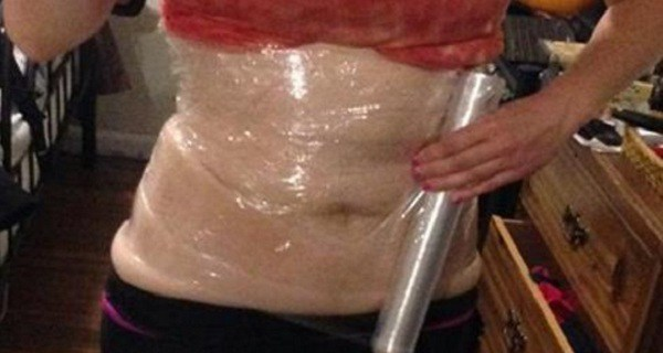 SHE-SLEPT-WITH-PLASTIC-WRAP-AND-BANDAGES-ON-HER-STOMACH-–-WHAT-HAPPENED-IN-THE-MORNING-WAS-NOTHING-SHORT-OF-A-MIRACLE