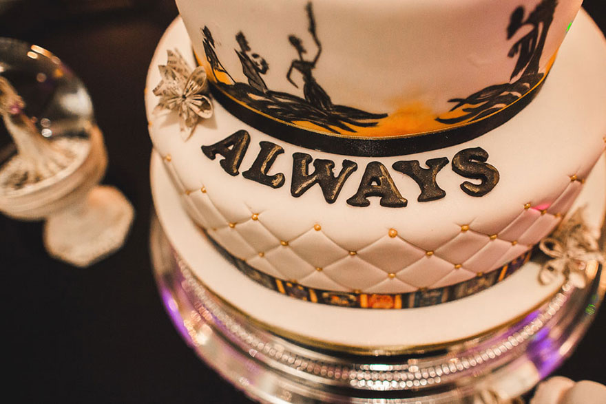 harry-potter-themed-wedding-cassie-lewis-byrom-39
