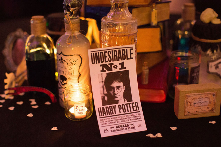 harry-potter-themed-wedding-cassie-lewis-byrom-42